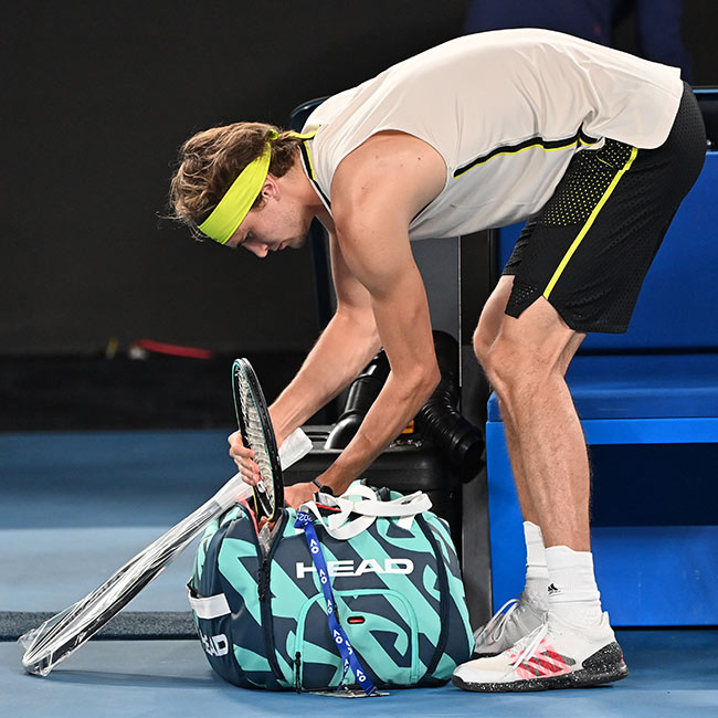 How to pack Your Tennis Bag