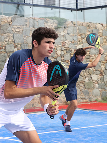 HEAD Padel Player with Delta Hybrid Racquet