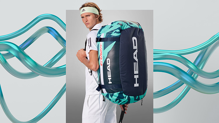 Alexander Zverev with Gravtiy R-Pet Bag